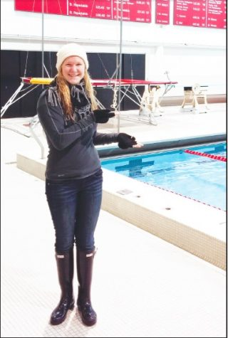 Pinson visits the Harvard swimming and diving facility while on her junior year Spring Break trip.