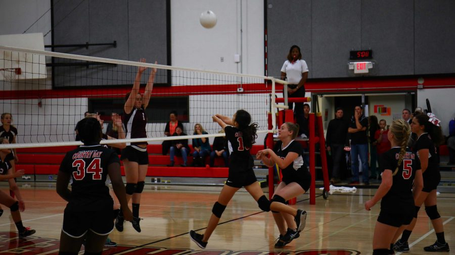 JV volleyball fails to conquer Valley Christian at Homecoming match