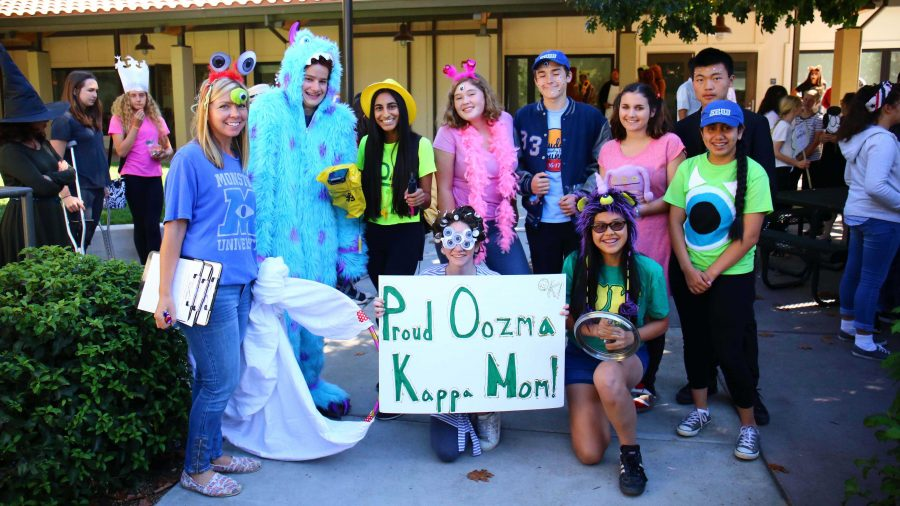 Winning advisories of Spirit Week movie-themed costume contest announced at Homecoming pep rally