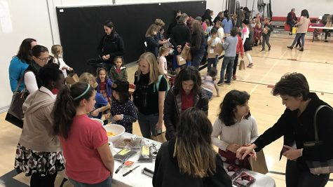 High-school volunteers help lower-school students craft, create at Holiday Gift Making Fair (slideshow included)
