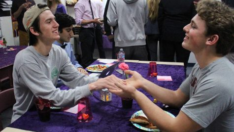 To celebrate Valentine's Day, clubs arrange festivities, fundraisers (slideshow included)