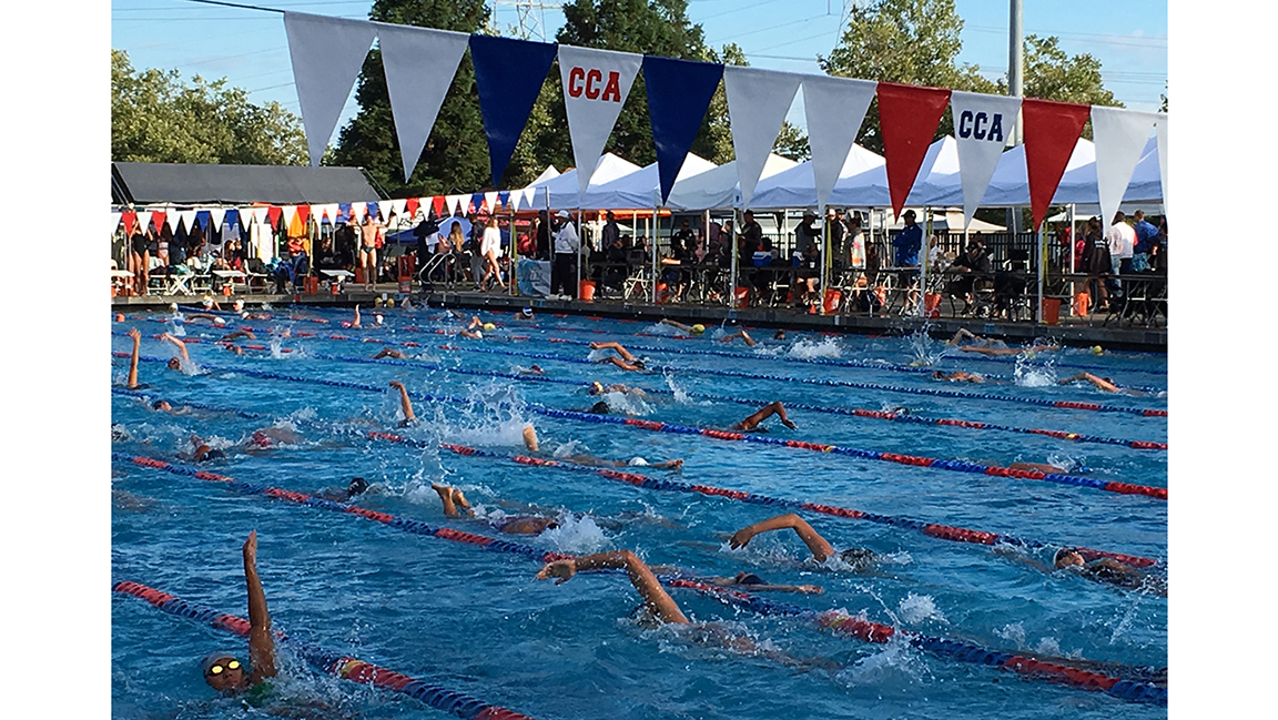 CHLORINE CHRONICLES: Crowded warmup pools a fierce battle for swimmers before competition begins