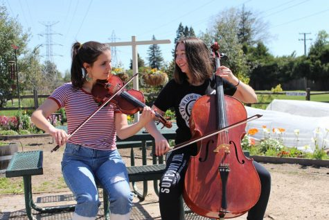 Juniors, seniors take annual trip to Ashland, experience Oregonian life (video and slideshow included)